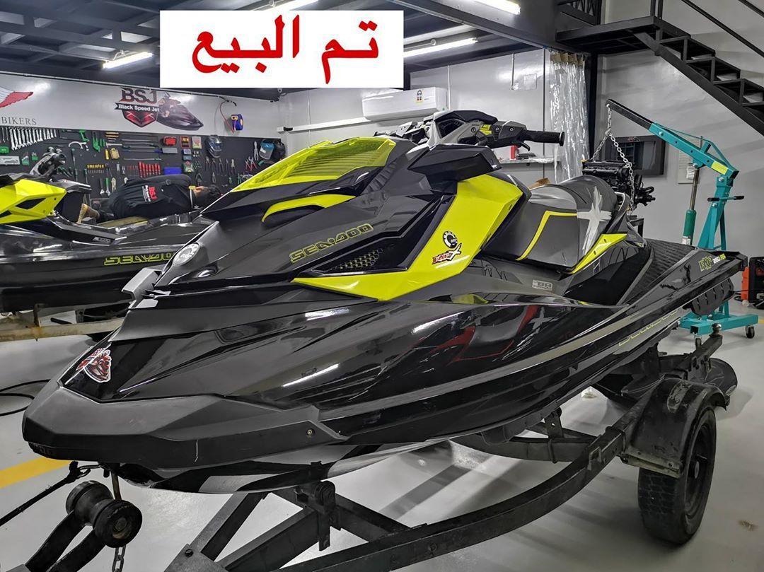 تم البيع والله يبارك للمشتري بلاك سبيد جت لصيانة و تصليح جميع انواع الدراجات المائية والنارية والقوارب Blackspeedjet Sports Car Racing Open Wheel Racing