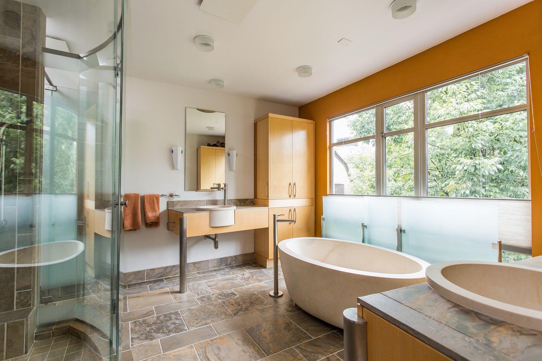 Pin by Encore   Sotheby's Internation on Luxury   Baths ...