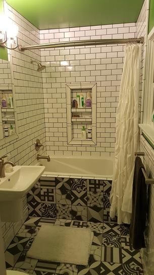 Pics Of My New Bathrooms Bathrooms Forum Gardenweb Tub Shower Combo Shower Tub Shower Remodel Diy
