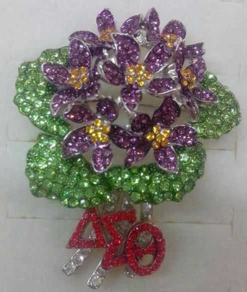 african violet lapel pin for the love of delta sigma