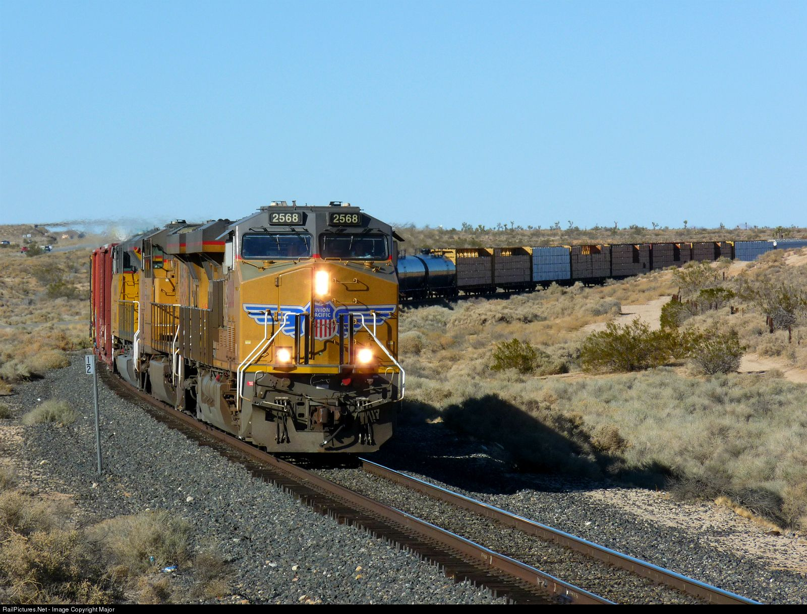 UP 2568 Union Pacific GEVO Tier 4 Credit C45AH at Rosamond, California