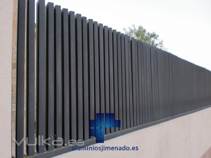 Valla metalica jardin buscar con google casas for Valla metalica jardin