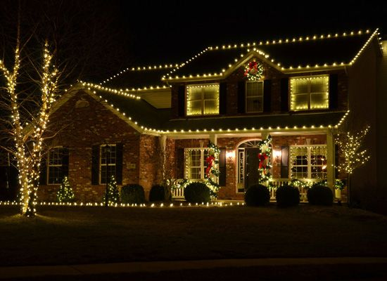 Image Gallery Christmas Decor Frederick Award Winning Residential Outdoor Christmas Li Exterior Christmas Lights Outdoor Christmas Christmas Lights Outside