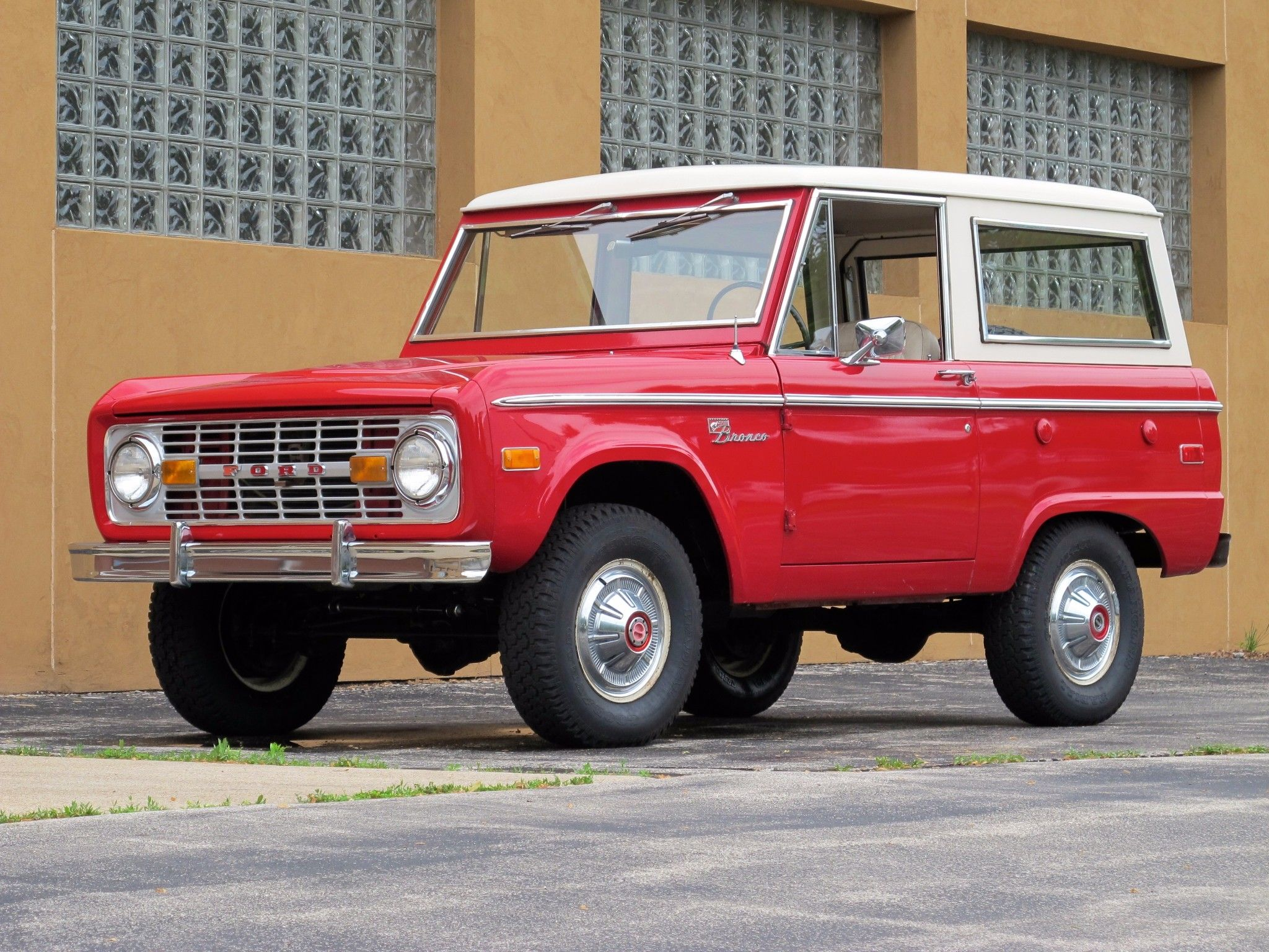 18kMile 1974 Ford Bronco Sport Survivor in 2020 Bronco