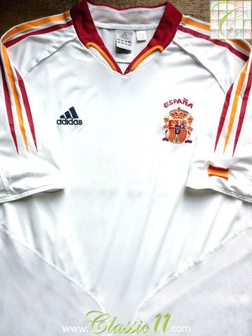 864df18cb Relive Spain s 2004 2005 international season with this original Adidas  away football shirt.
