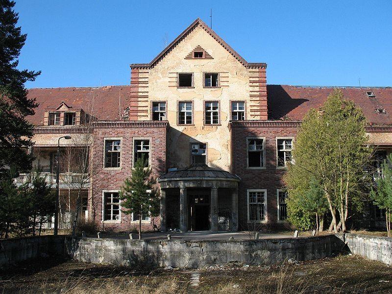 Top ten haunted hospitals/asylums #2 Beelitz, Germany, Beelitz-Heilstätten Sanatorium