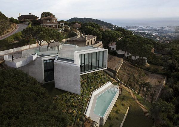 Architecture / X House by Cadaval & Solà-Morales