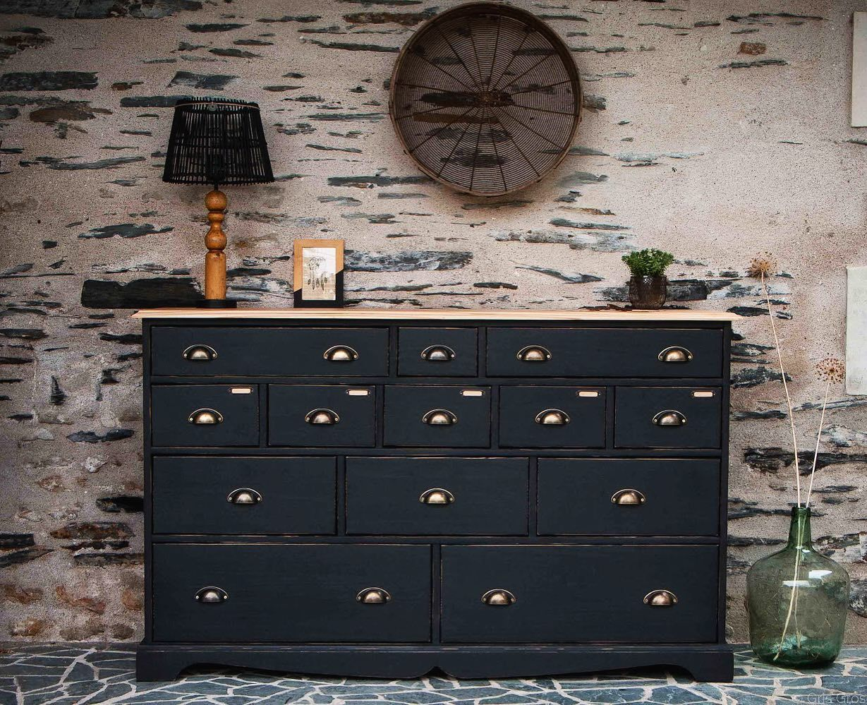 A D O P T E N Est Ce Pas Caroo49124 Et Choumac 49 Decoration Brocante Vintage Homedecor Conceptsto In 2020 Decor Home Decor Antique Dresser