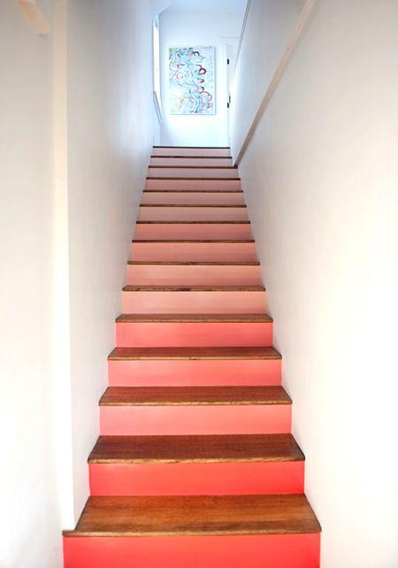 des escaliers color s jours de pluie le chalet et le web. Black Bedroom Furniture Sets. Home Design Ideas