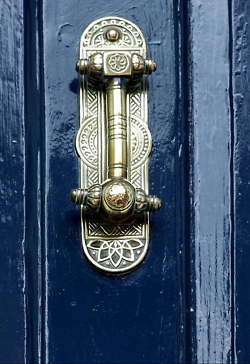 Elegant door knocker | Knobs and Locks and Hinges and Things ...