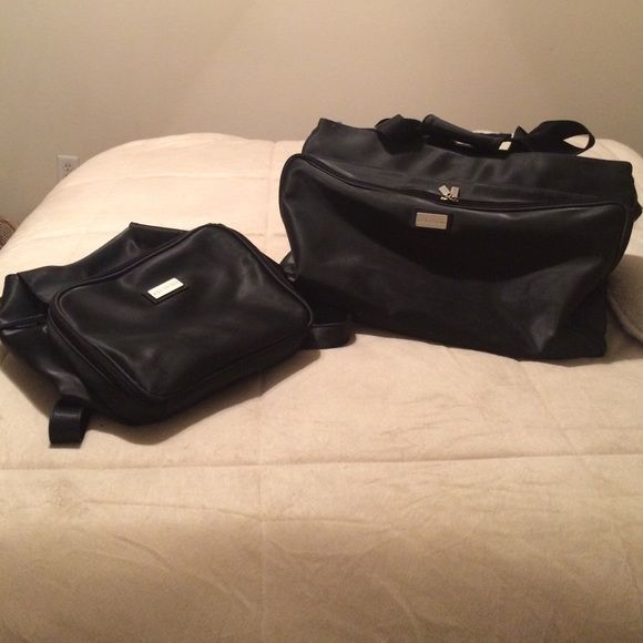 """Kenneth Cole Reaction overnight bag Get ready for holiday travel! 20"""" long, 13 1/2"""" high, 10"""" deep. Outer pocket has 3 open interior pockets & a zipper compartment. Main section has 1 small open pocket, 1 small zipper pocket & 1 larger net pocket, 2 more zipper sections on either side of the main compartment + 1 more zipper pocket on the back. There is some scuffing, but it is durable heavy nylon with plenty of life left. Web handles with Velcro wrap for ease in carrying or shoulder bag…"""