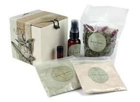 Pamper yourself with this complete facial rejuvenation treatment! This invigorating and all natural facial kit is created with quality herbs, pure essential oils, fine cosmetic clays, and pure rosewater. A pleasurable way to relax and refresh your skin, and a luxurious and fun gift idea!