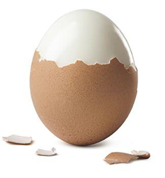 Se sbucci un uovo cosa pensi di trovarci? Un uovo. Nel web la semplicità comanda e paga. Anche se qualcuno rende le cose molto, molto più difficili.