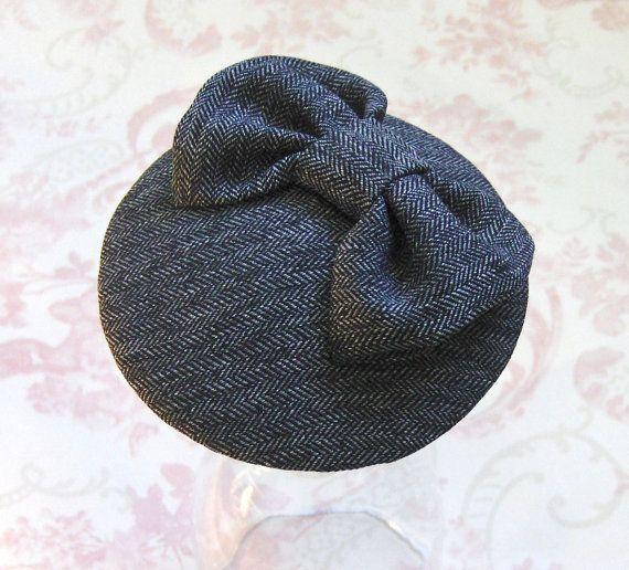 43405e1c1de07 Items similar to Dark Grey Tweedy Cocktail Hat. on Etsy