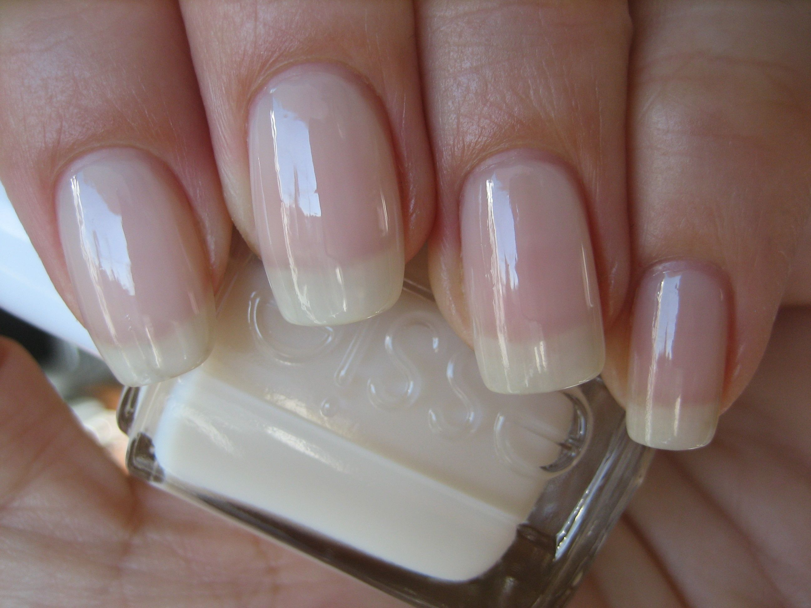 Essie neutral polish - Allure | Adornment | Pinterest | Fingernägel ...