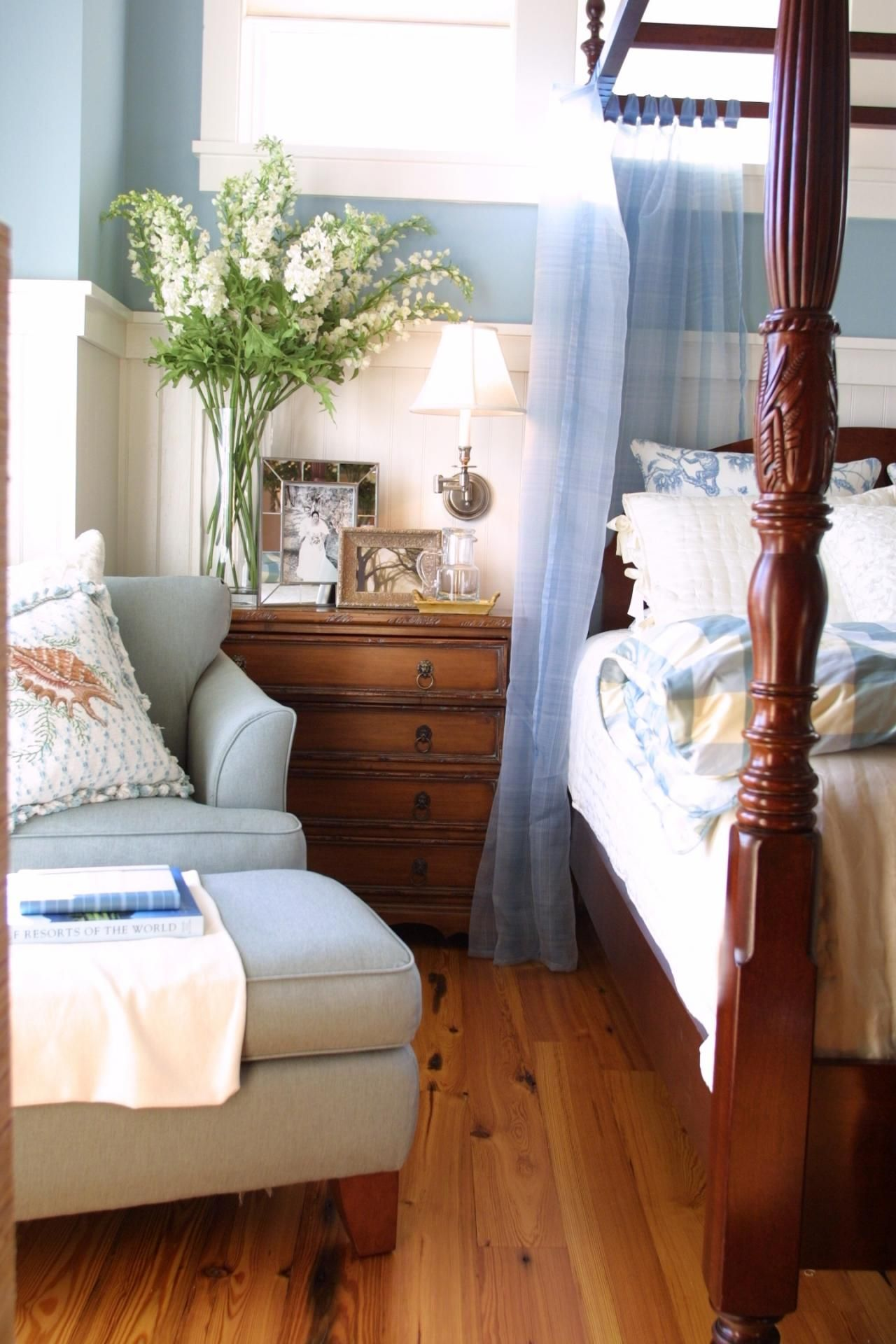 10 Simple Decorating Ideas From The Hgtv Dream Home: Country Master Bedroom, Home Bedroom, French Country Bedrooms