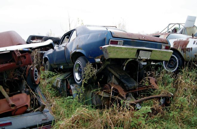 Pin By Chad On Rusted Rides Junkyard Cars Cool Old Cars Barn