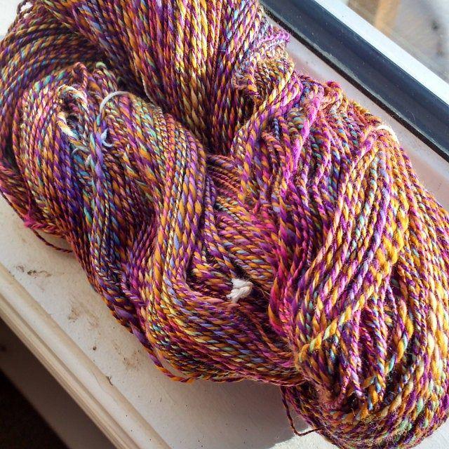 Pattern - Knitted Finch Ruffle Shawl   Boucle yarn ...