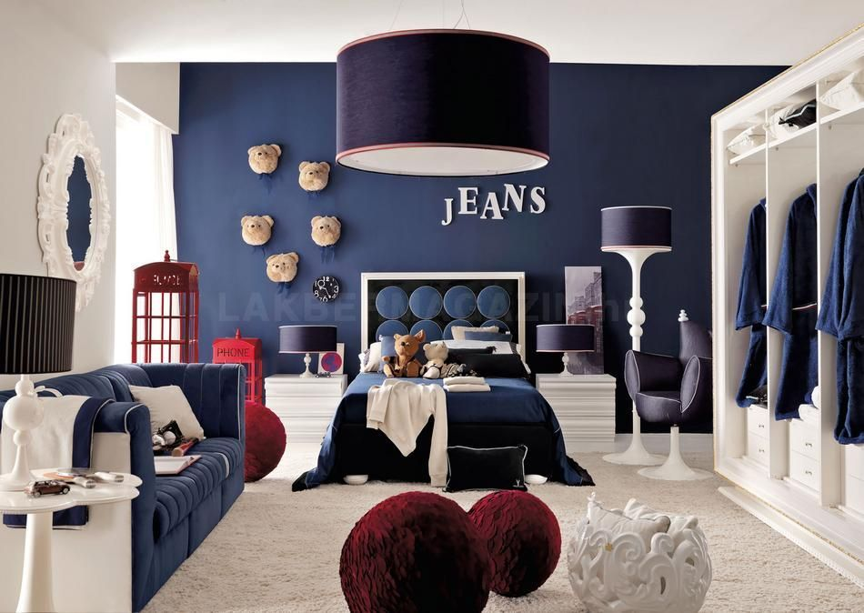20 Colors That Jive Well With Red Rooms Deco Chambre Garcon