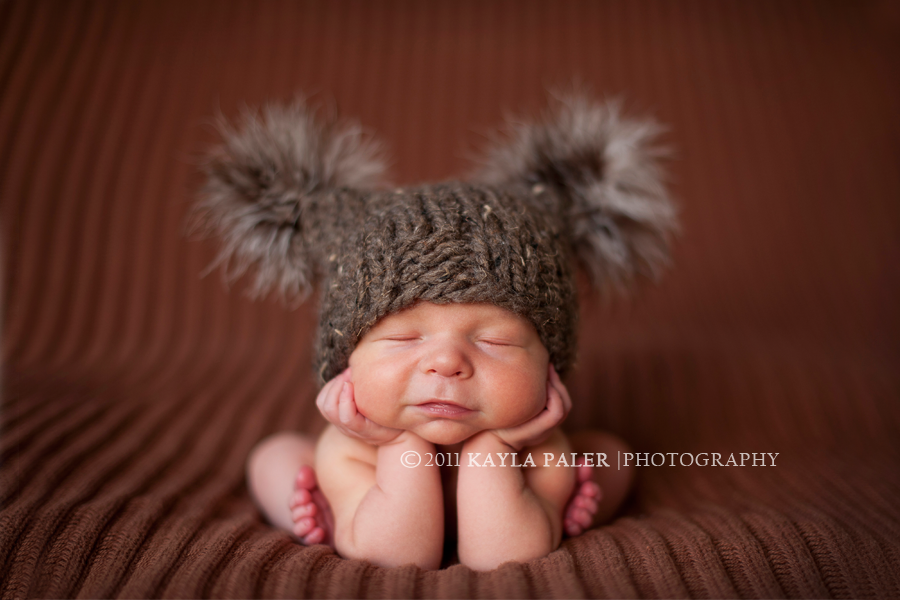 Head up pose newborn photo taken by kayla paler photography newborn poses pinterest babies photography and newborn photographer