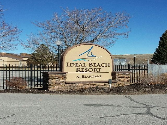 Condo In Ideal Beach Resort On Beautiful Bear Lake Is The Al Pool But Can Use It For Just Your Family 1 Bedroom Bath