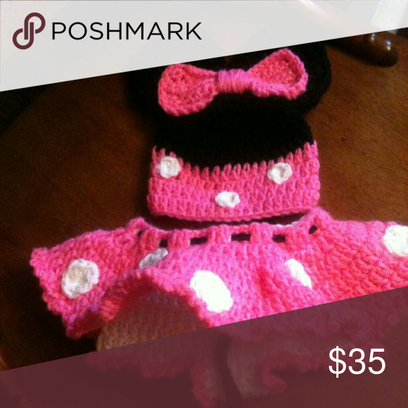 📷Adorable Minnie hat set New crochet by me Minnie mouse hat