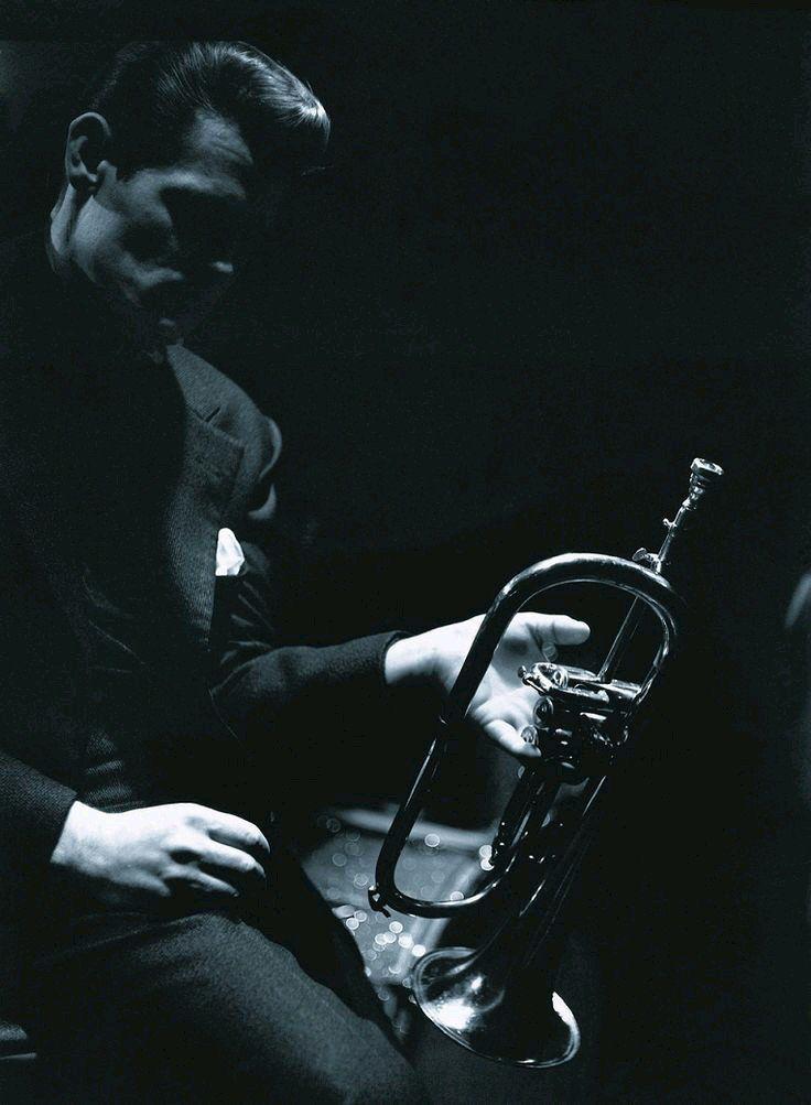 Chet Baker Boston 1966 Photo By Lee Tanner Chet Baker Jazz Musicians Jazz Blues