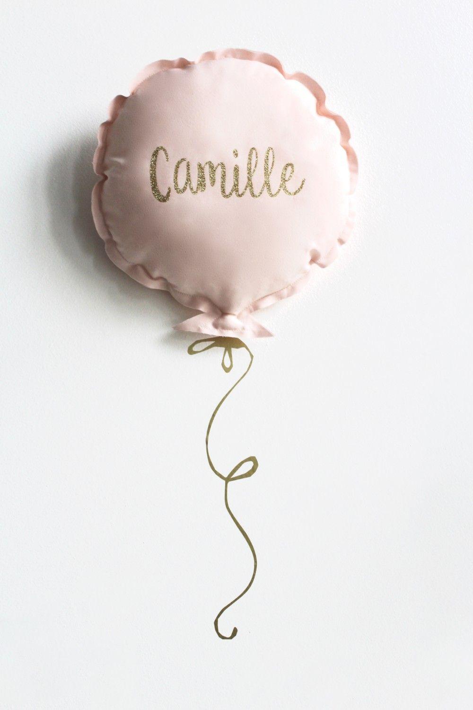 coussin-ballon-prenom-personnalisé-naissance-prenom-cadeau-de-naissance 20e925313b8