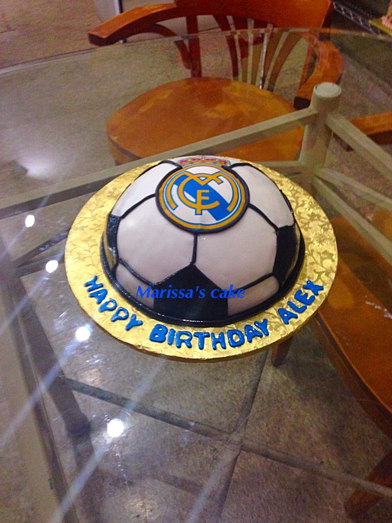 Real Madrid birthday cake.visit us Facebook.com/marissa ...
