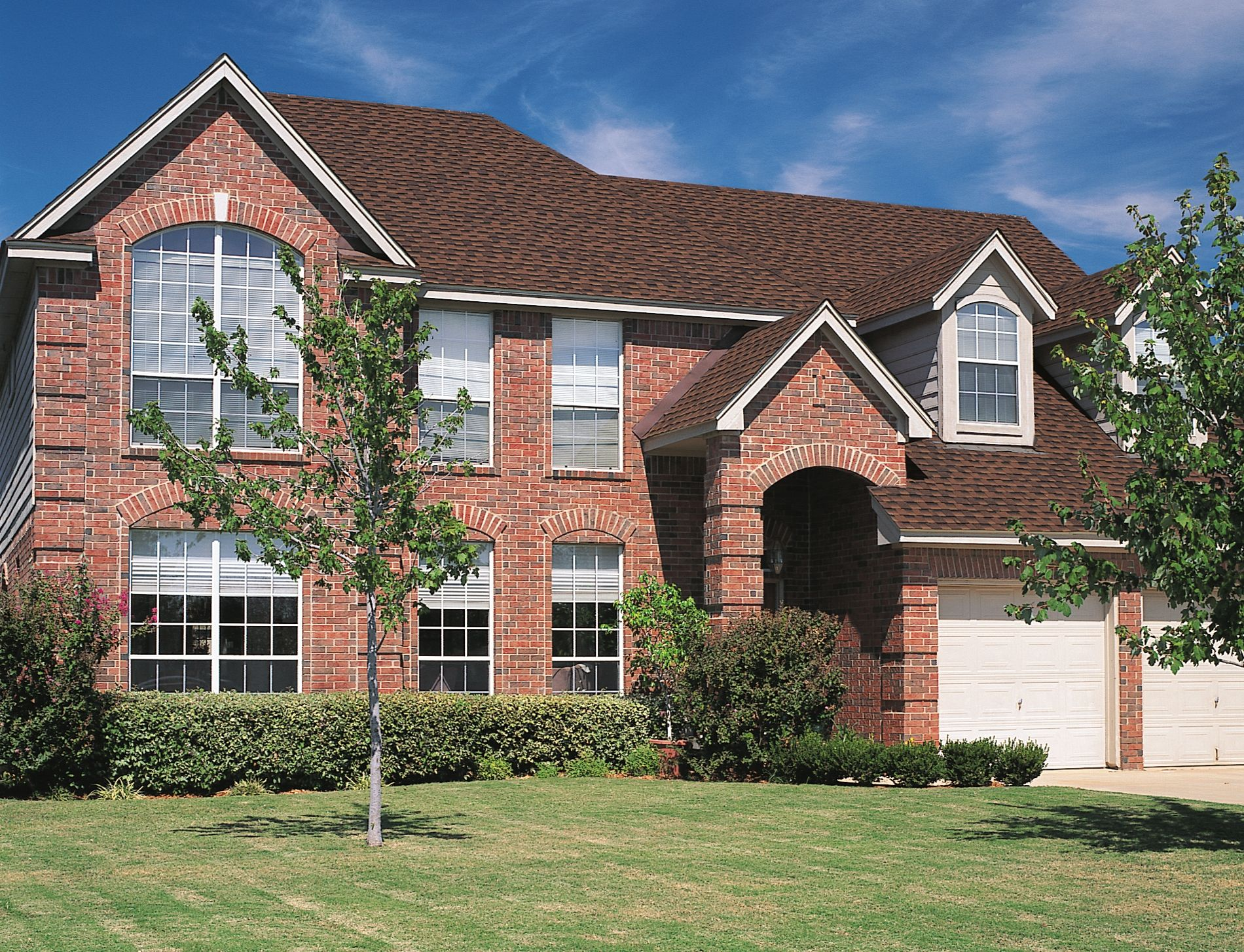 Tri State Windows Siding Roofing Gaf Timberline Hd Hickory Red Brick House Architectural Shingles Roof Shingle Colors