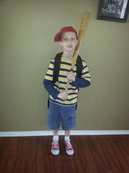 easy halloween costume ness from earthbound