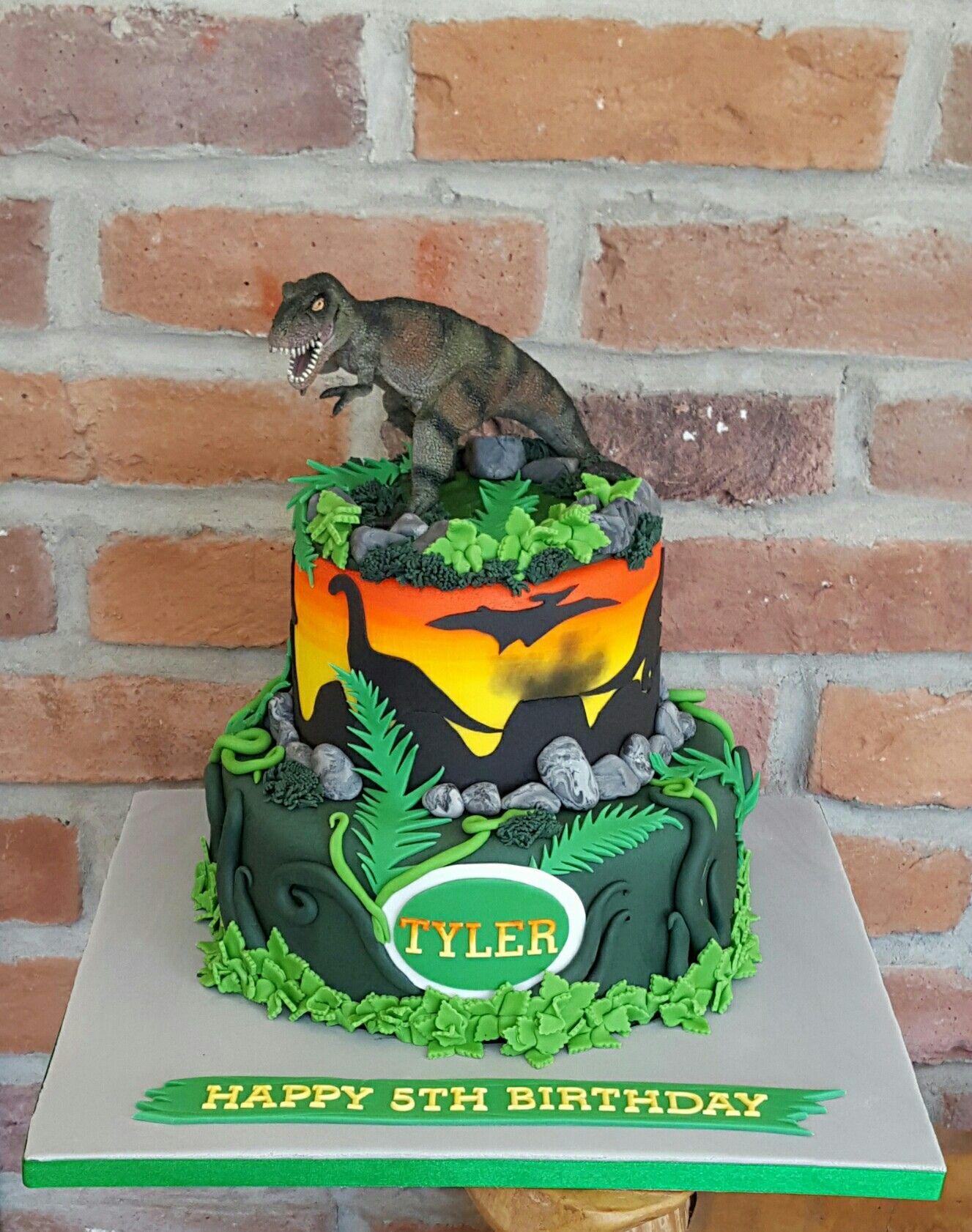 Jurassic World Dinosaur Cake Dinosaur Birthday Cakes Jurassic Park Birthday Party Dinosaur Theme Party