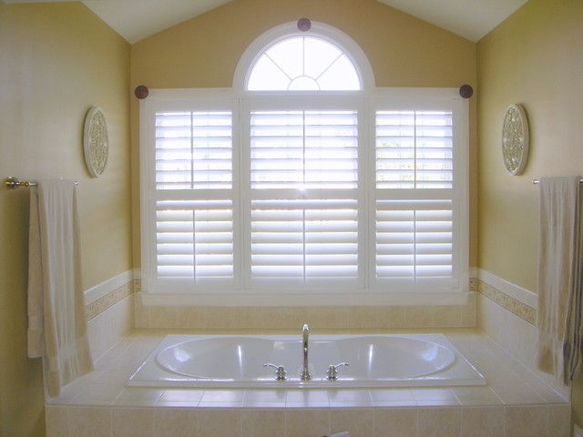 The Bathroom Plantation Shutters New Orleans By Louver Is A Set Of Lift Up Tone Whole