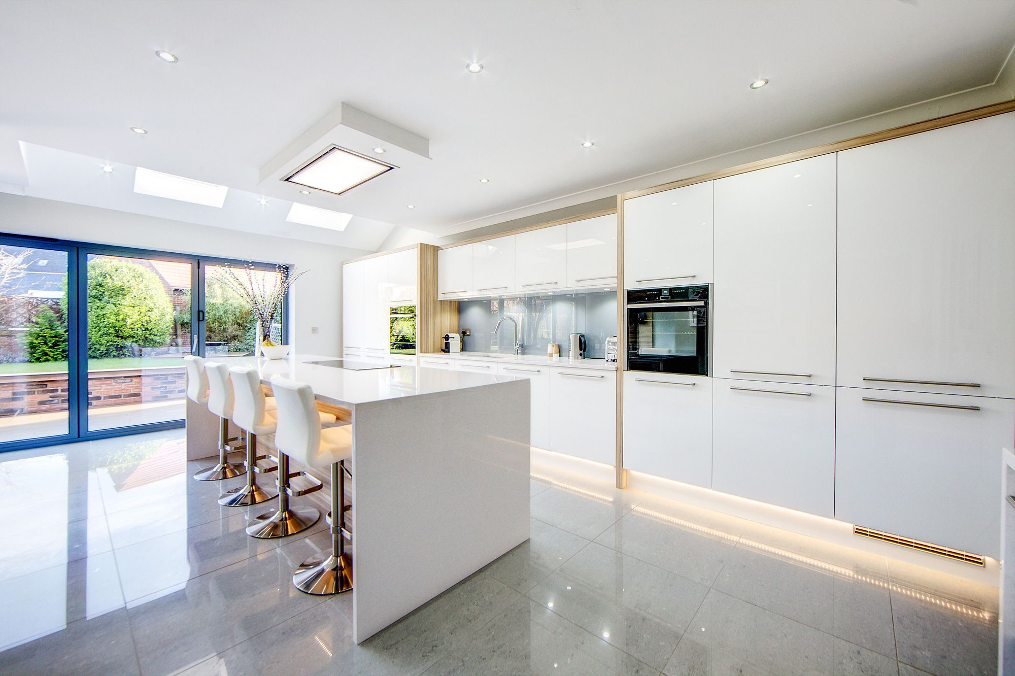 Awesome Bulldog Kitchens | Kitchen Designer Newcastle | Kitchen Designer North East  | Bespoke Kitchen Design Newcastle