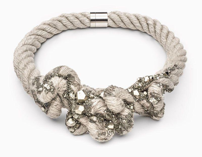 Il Virus della bellezza nei gioielli di Zorya