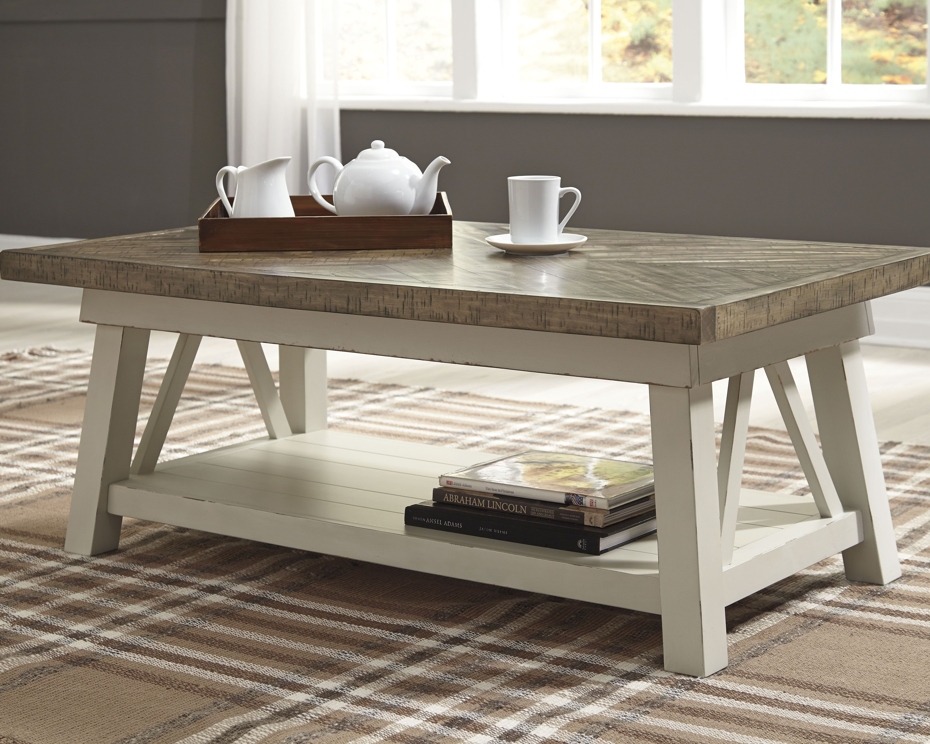 Stownbranner Coffee Table Coffee Table Furniture Farmhouse