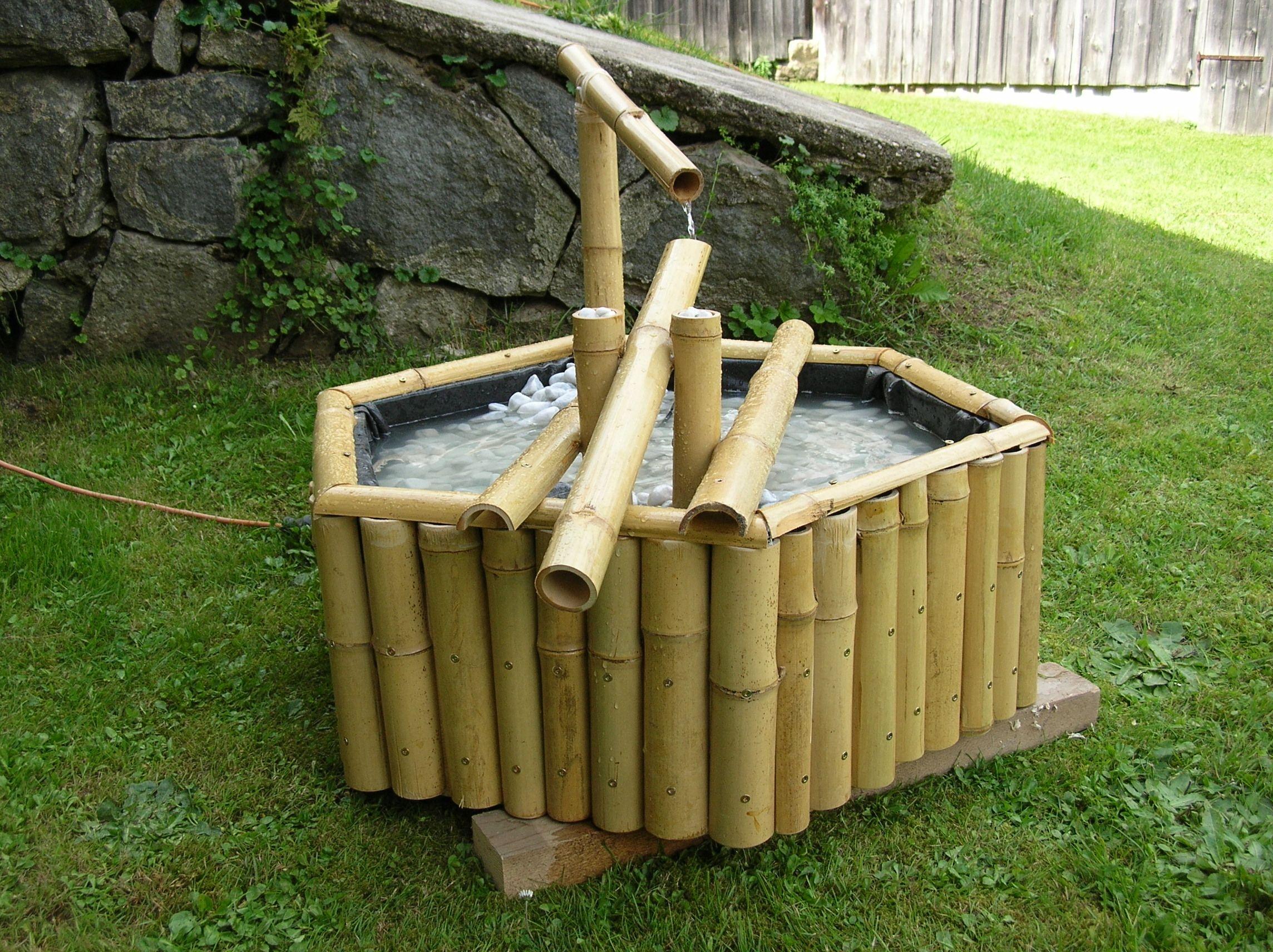 Brunnen Selber Bohren: Wasserbrunnen garten brunnen im gestalteten ...