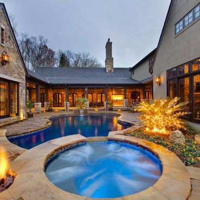Love This House U Shaped House With Pool Courtyard House Plans