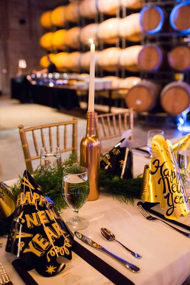 Black and Gold New Years Eve Wedding at Quantum Leap