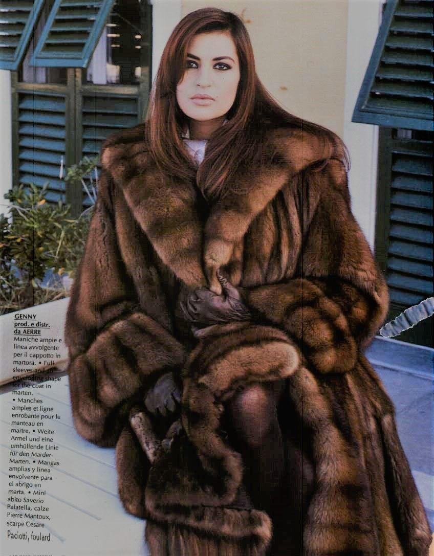 Mode Hivernale, Manteau Fourrure, Superbe, Mode Femme, Vetements, Fourrures,  Manteaux, Petits Cottages, Belles Femmes, Fourrure, Vestes, S habiller, ... fb31c3644de