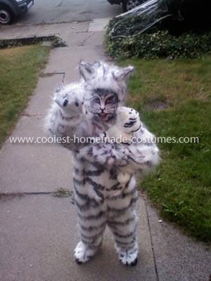 Homemade Siberian Tiger Costume Every year my grandmother and I work together to make a Halloween costume for me daughter. Two years ago she wanted to be a ... : siberian tiger costume  - Germanpascual.Com