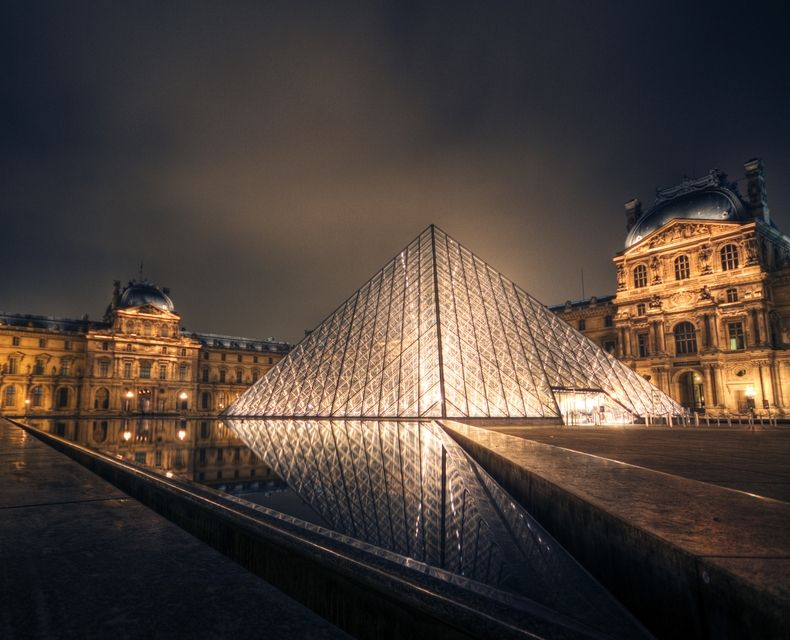 """Photo """"Pyramid of Louvre"""" by Problemkind #OGQ_Backgrounds"""