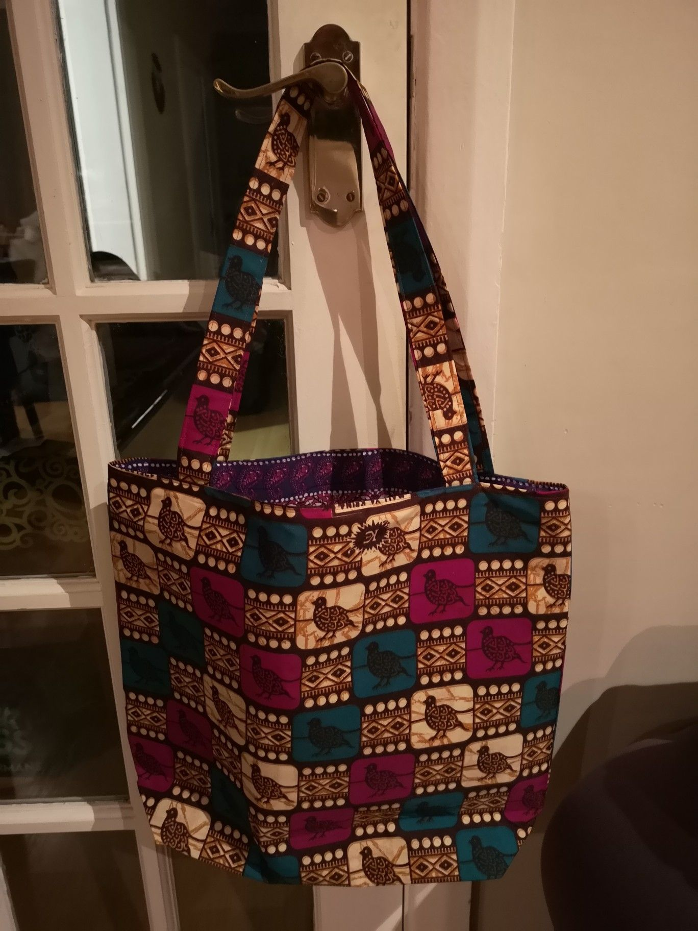 Simple lined tote bag, finally using my African print