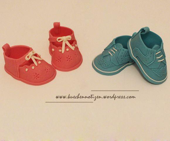 Babyschuhe aus Modellierfondant Anleitung | Motivtorten