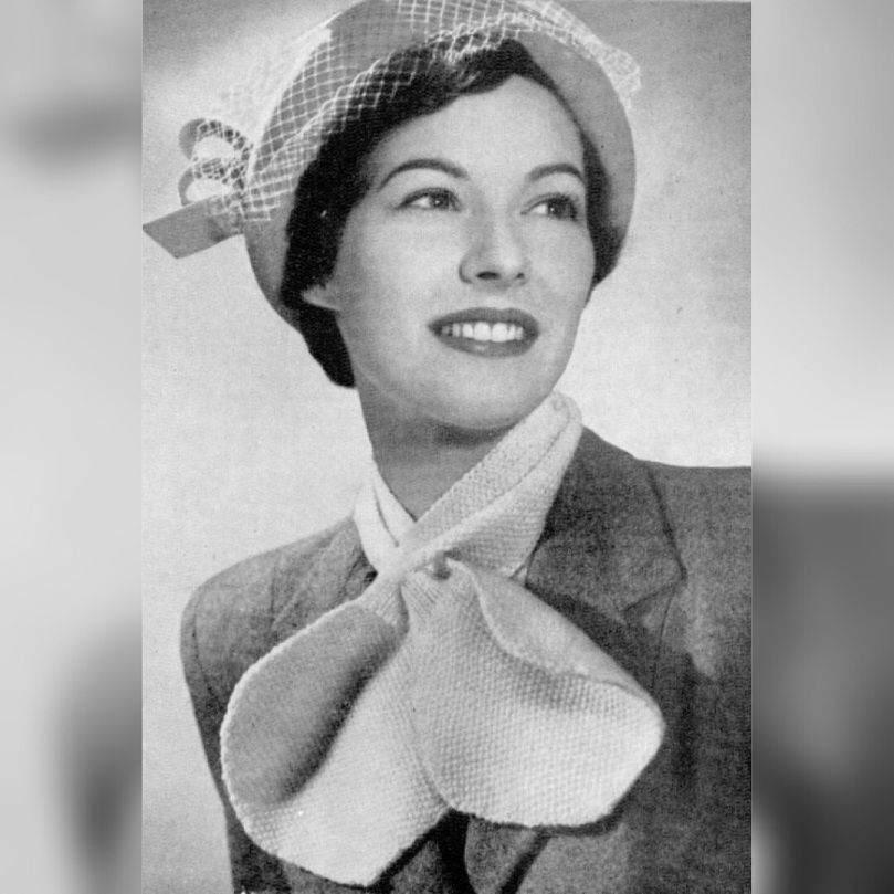 Vintage Knitting PATTERN to make 1950s Scarf Collar Pullover Sweater Mohair Scar