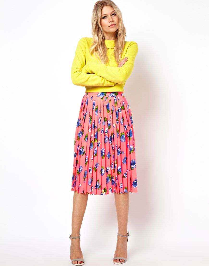 e8e6708c309b ASOS Pleated Midi Skirt in Floral Print