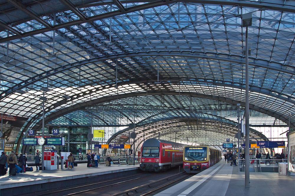 Berlin Hauptbahnhof In 2020 Hauptbahnhof Berlin Hauptbahnhof Bahnhof