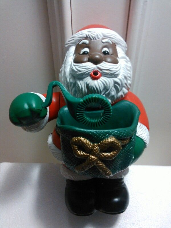 Bubble Santa By Santa S Action World Of Kurt S Adler Inc Pour Bubbles In Santa S Tub Plug Him In Turn It On And Watch Santa Black Santa Christmas Christmas Ornaments