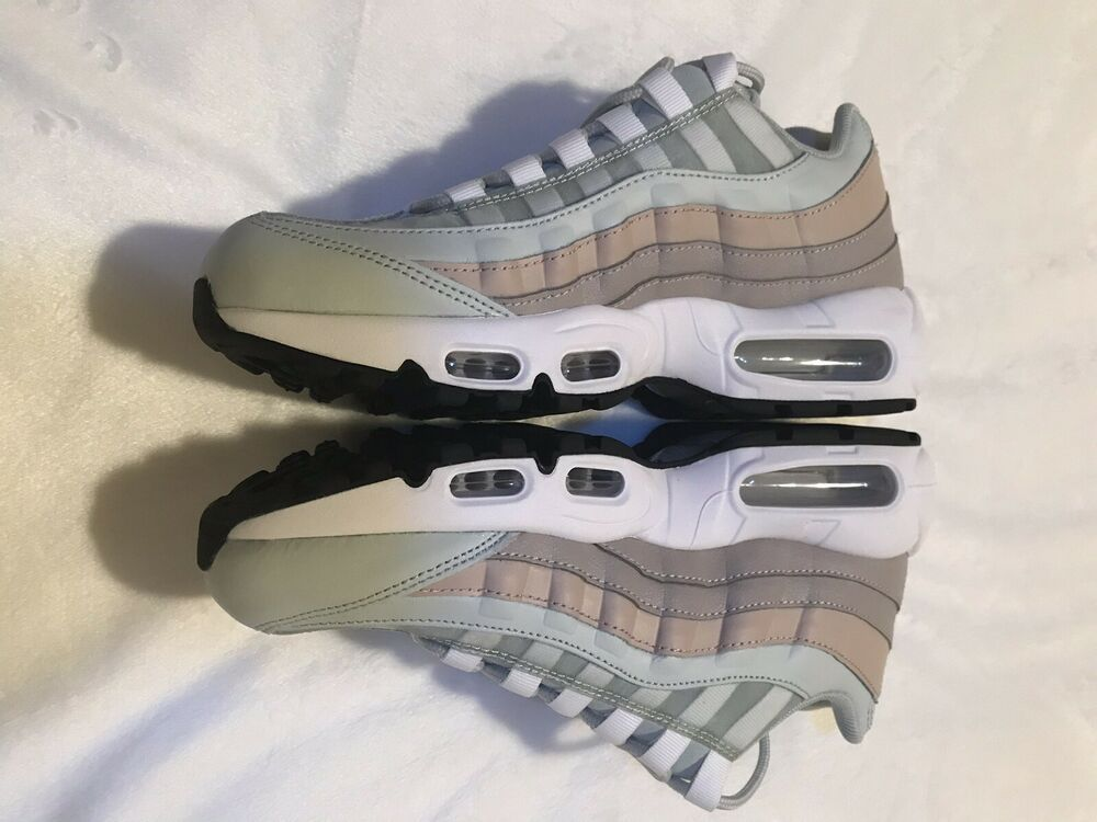 225bee3981 WOMEN'S NIKE AIR MAX 95 MOON PARTICLE LIGHT SILVER 307960-018 Size 8  #fashion