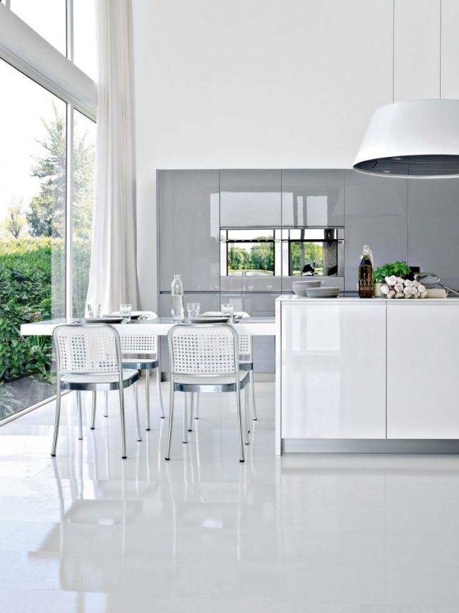 moderne-hochglanz-kueche-weiss-kuecheninsel-minimalistisch-esstisch - Küchen Weiß Hochglanz